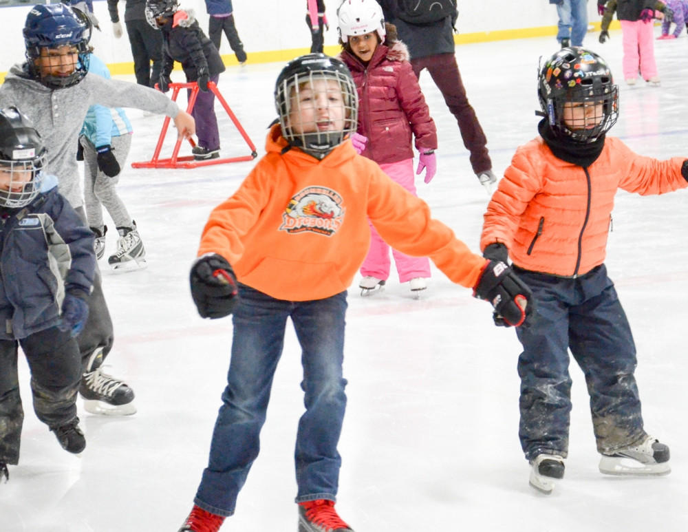 20180223_Annual Skating Party (15)